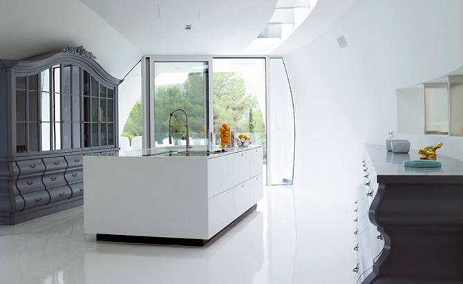 http://mnbnmb.persiangig.com/image/Luxury-Villa-Minimalist-Kitchen-Design.jpg