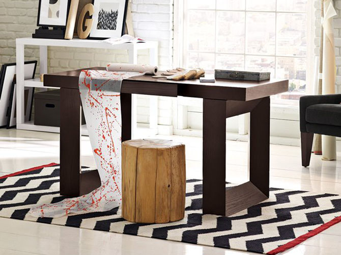 http://mnbnmb.persiangig.com/image/home-office-decorating-tapered-frame-desk.jpg